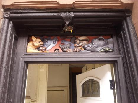 door-sculpt